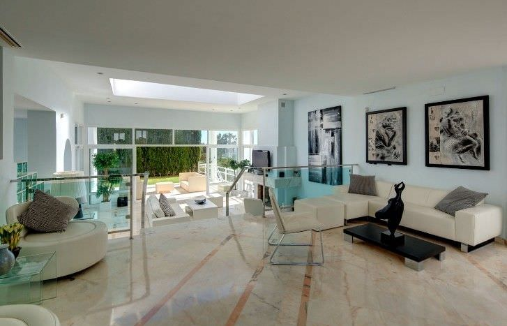 Unique property with fantastic views