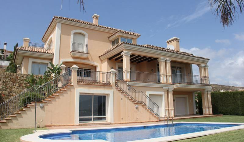 Amazing villa with sea and golf views