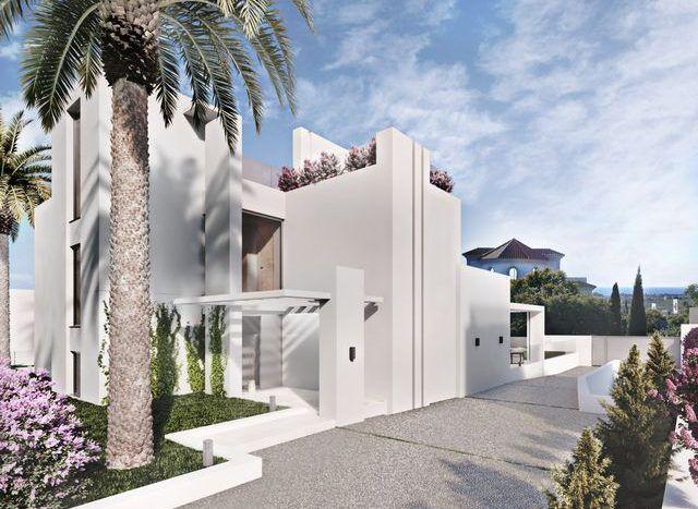 Villas with sea views in Los Flamingos golf Benahavis