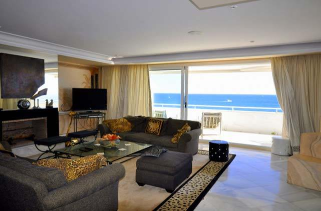 Amazing apartment with sea views