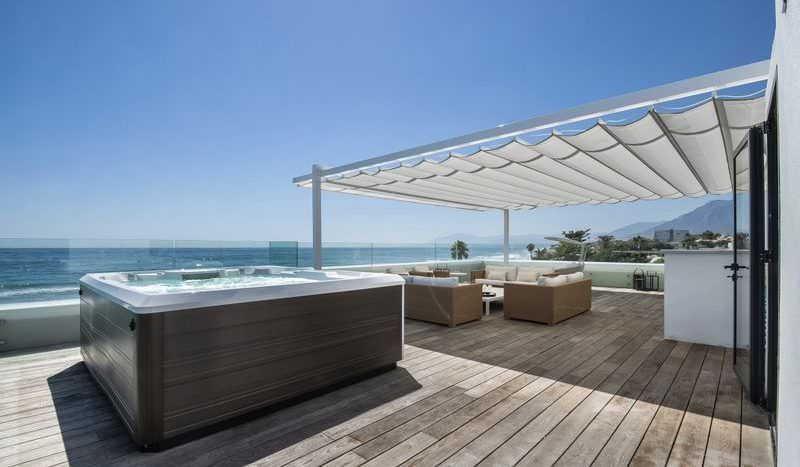Stunning Frontline Beach Villa