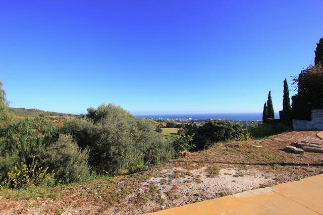 Plot with panoramic sea views