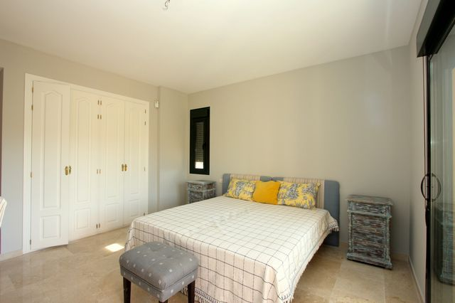 Lovely apartment on golf valley