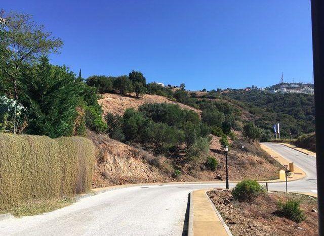 Plots with sea views in East Marbella