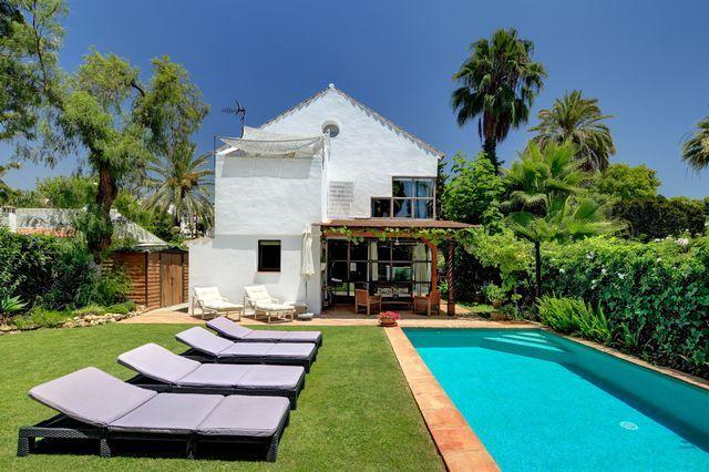 Unique artist's loft-style villa within walking distance of Puerto Banus and beach